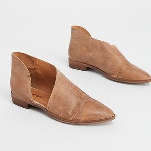 """New! Free People """"Royale"""" Leather Pointed Toe Flat"""
